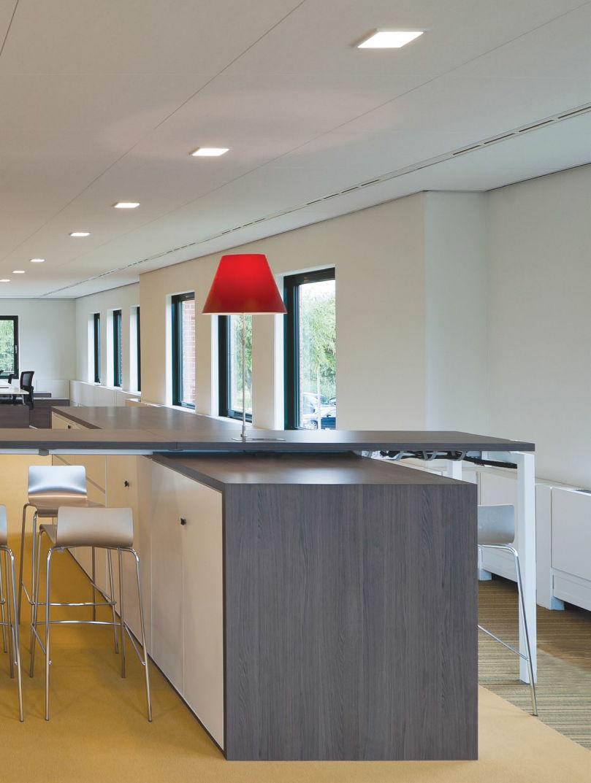 Đèn Downlight âm trần vuông Led Philips SmartBright DN027B LED12 L150 15W thiết kế nội thất văn phòng bắt mắt và tinh tế hơn